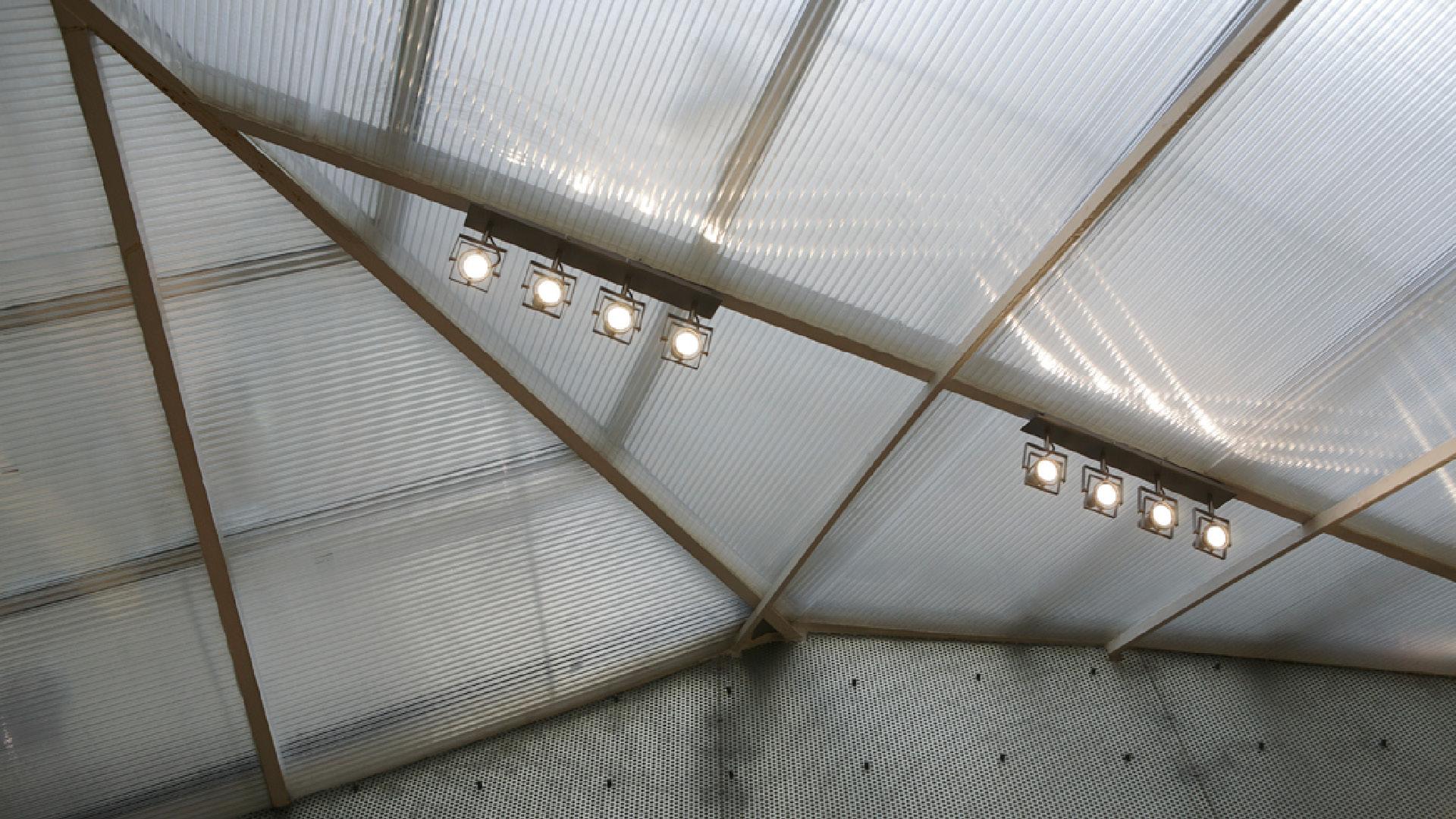 spatial practice architecture office Los Angeles Hong Kong La Squadra Showroom paris france zenital light